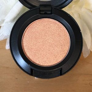 MAC Eye Shadow * Flip